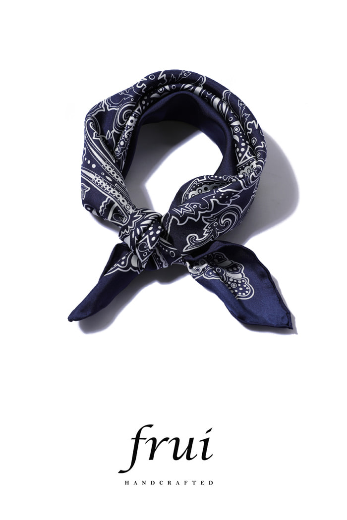 Frui Sean Scarf/navy[hand crafted-well made-silk100%]