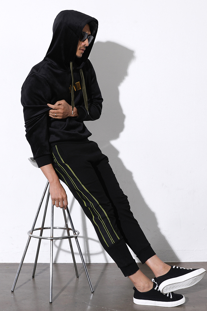 GUDINNOR JOGGERS PANTS-BLACK수입소량한정제품!