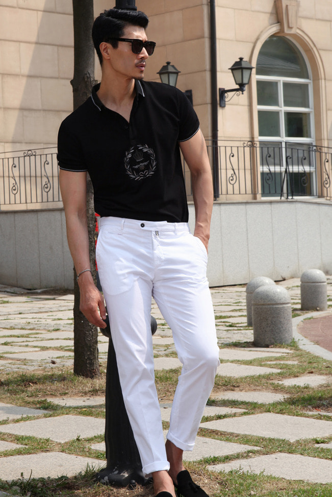 CROWN-bee embroidery collar t-shirt/black-수입추천제품