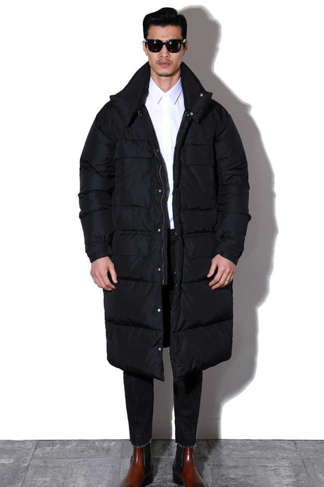 Mustache long padding coat/black