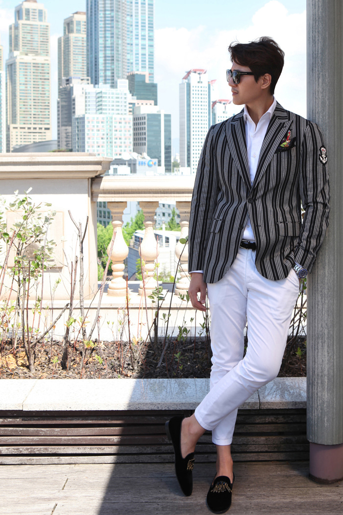 Take350 seersucker stripe jacket/black&white stripe-50% SALE