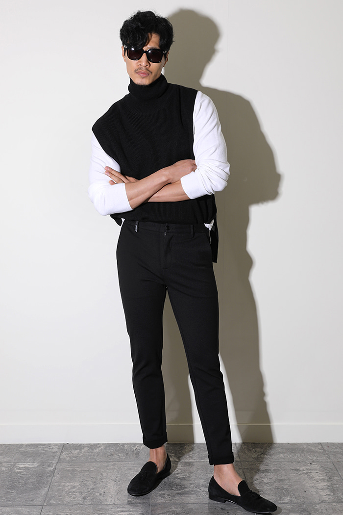 PHOENIX BASIC SLACKS PANTS-BLACK수입한정제품