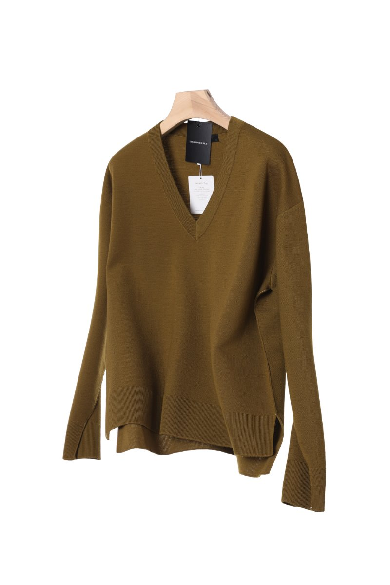 WHITE LINE SLIT V-NECK SWEATER-CAMEL MUSTARD